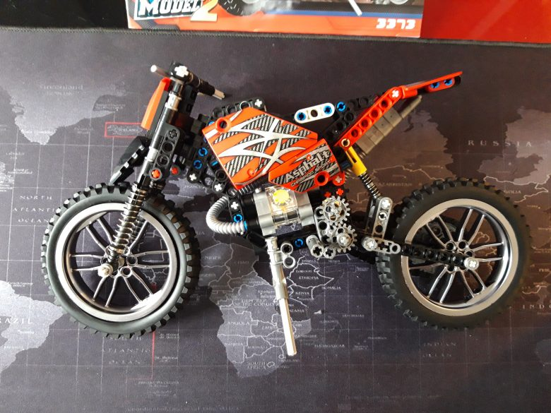 253 Piece Lego MOTO Cross Bike Review - Bought from Aliexpress